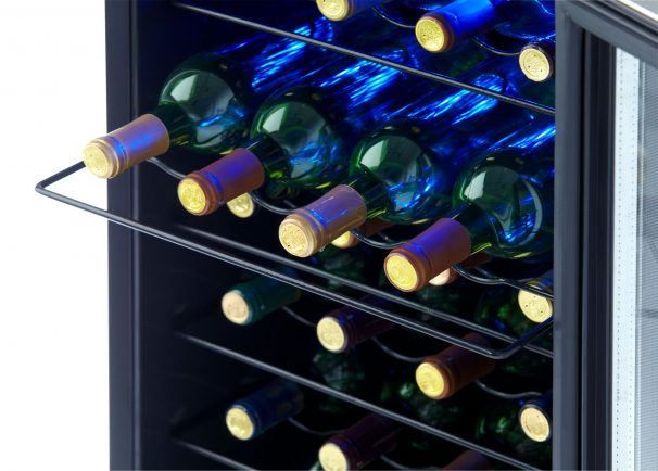 Dwc310blsdd Danby Designer 30 Bottle Wine Cooler En