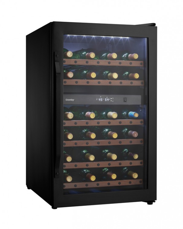Dwc040a2bdb Danby 38 Bottle Wine Cooler En