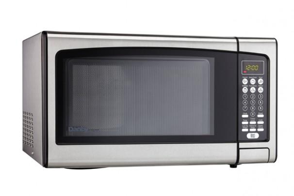 Dmw111kpssdd Danby Designer 1 1 Cu Ft Microwave En