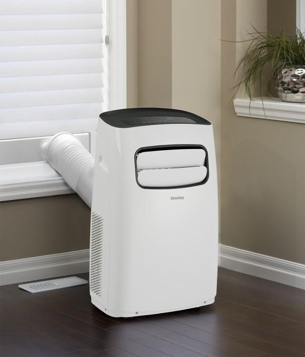 Dpa100cb7wdb danby 10000 btu portable air conditioner en for 10000 btu window air conditioner room size