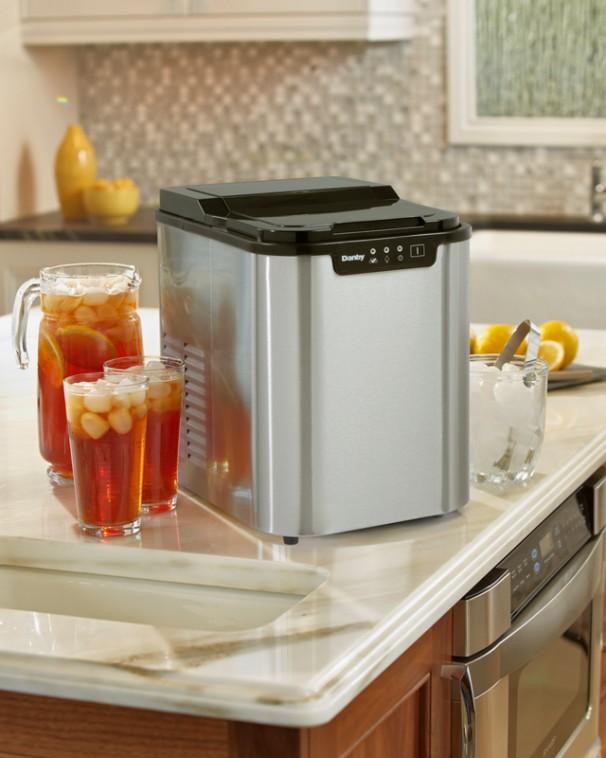 Danby Countertop Dishwasher Manual : DIM2500SSDB Danby 2 lb Ice Maker EN