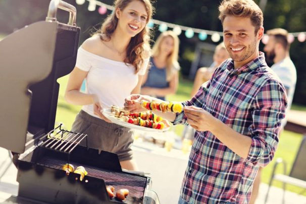 5 Essential Tips on Hosting a Summer BBQ To Remember