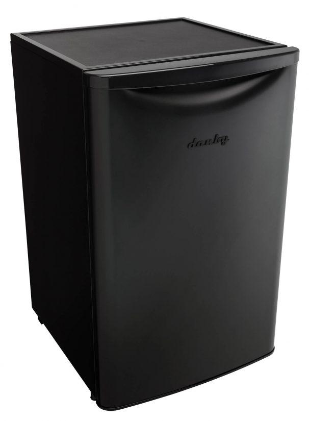 Réfrigérateur compact classique contemporain Danby 4,4 pi3 - DAR044A6MBDB